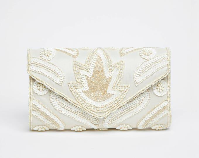 Vintage Inspired Cream Vegas Wedding clutch purse bag Hand Embellished 20s Great Gatsby Flapper Charleston Downton Abbey Art Deco New