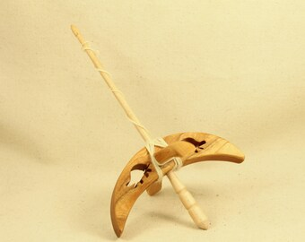Cut-out Turtle Turkish Drop Spindle