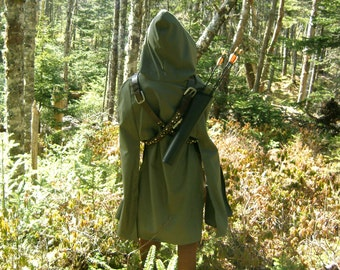 Archer Cloak II in sage green twill for Elves, Robin Hood, Ranger's Apprentice fans, Medieval, Ren Faire, LARP and cosplay costumes