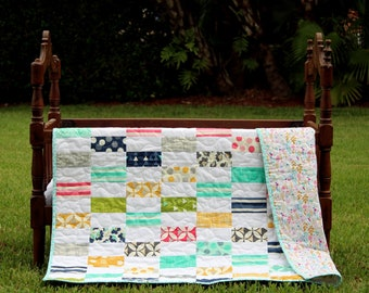 Gorgeous toddler girls quilt, floral baby girls quilt, quilt for infant or toddler, pink, blue, green, modern baby quilt, baby gift for girl