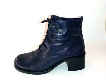 23cef87e98 1990's Vintage VTG Diba Dutch Navy Blue Leather Lace Up Wooden Chunky  Stacked Heels Boots Shoes 6.5M