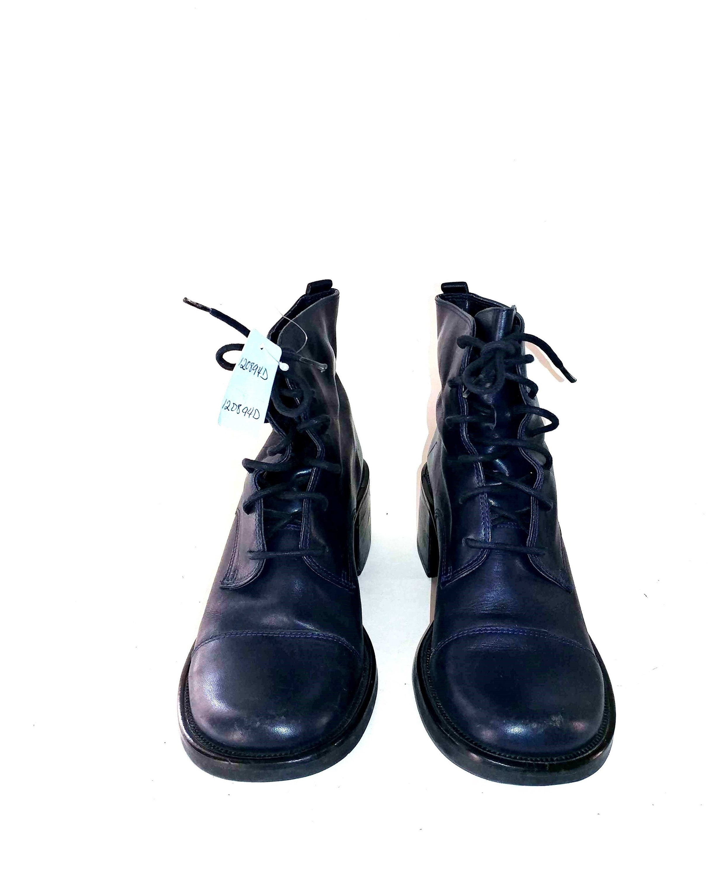 fbcbd2411b092 1990's Vintage VTG Diba Dutch Navy Blue Leather Lace Up Wooden Chunky  Stacked Heels Boots Shoes 6.5M