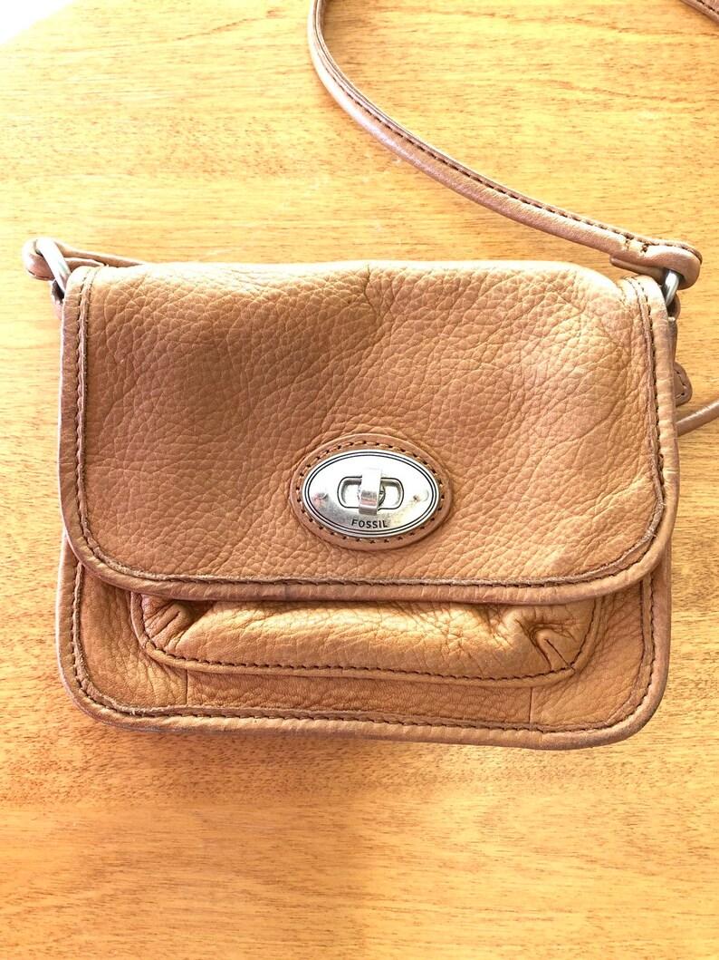 3c87887638f Fossil handbag crossbody light brown leather bag 90s