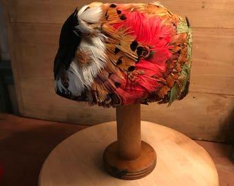 Vintage Hat  / Vintage Feather Hat / Vintage Fasinator /  Vintage  Pill Box Hat