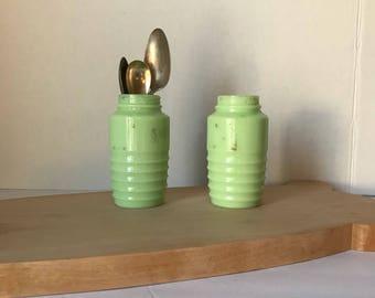 Jadeite ~ Jadeite Shakers ~ Vintage Jadeite Shakers ~ Jadeite Salt Shaker ~ Jadeite Sugar Shaker