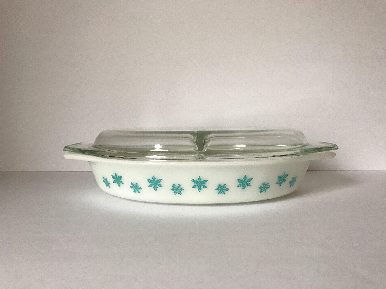 Vintage Pyrex Casserole Dish With Lid Snowflake Blue