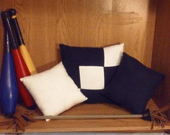 Black/White 3pc. Checked Pillow Set