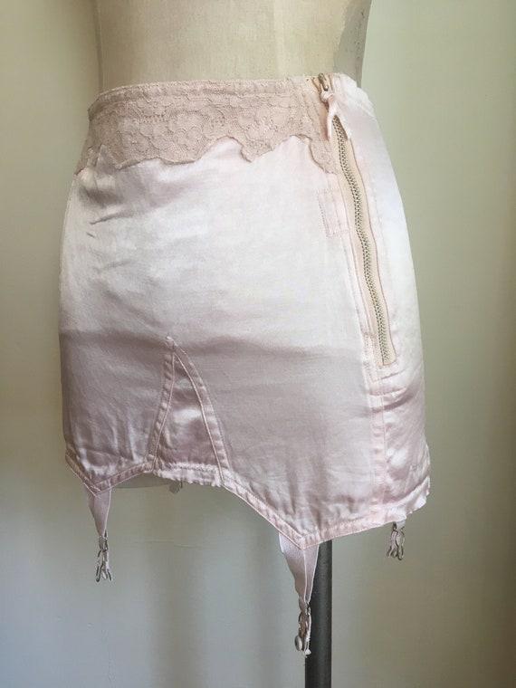 1950s Blush Pink Satin & Lace Garter Belt - image 2