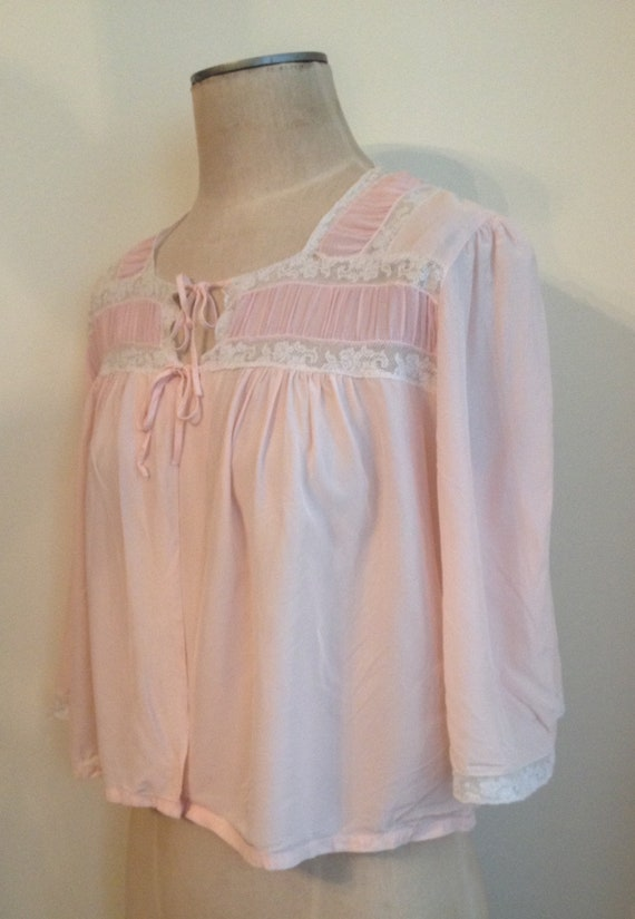 Vintage Pink Bed Jacket Lingerie with Lace/ 1940s