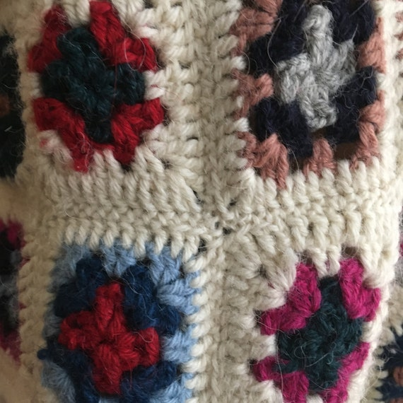 Late 70's Wool Afghan Style Crocheted Wool Croppe… - image 6