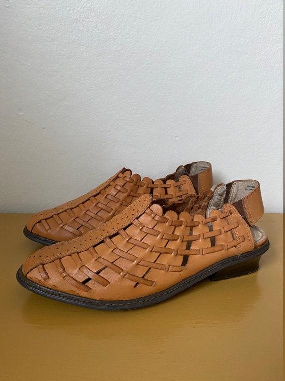1990's Char Woven Caramel Leather Kitten Heel Mul… - image 1
