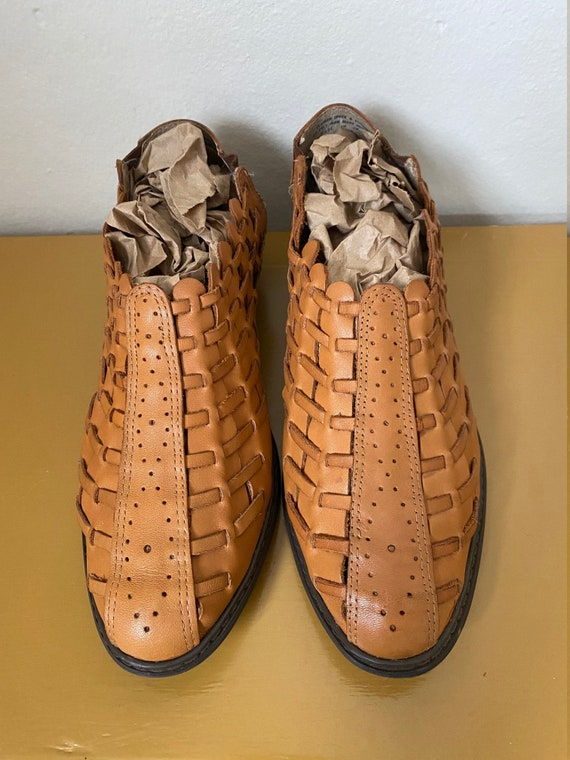 1990's Char Woven Caramel Leather Kitten Heel Mul… - image 10