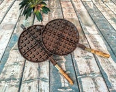 Vintage Waffle Maker Wooden Handles, Wagner Ware Cast Iron, Rustic Kitchen Cookout, Sidney O 1908, Primitive Farmhouse Kitchen