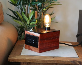 Nostalgic bedside / office lamp with power plug and USB