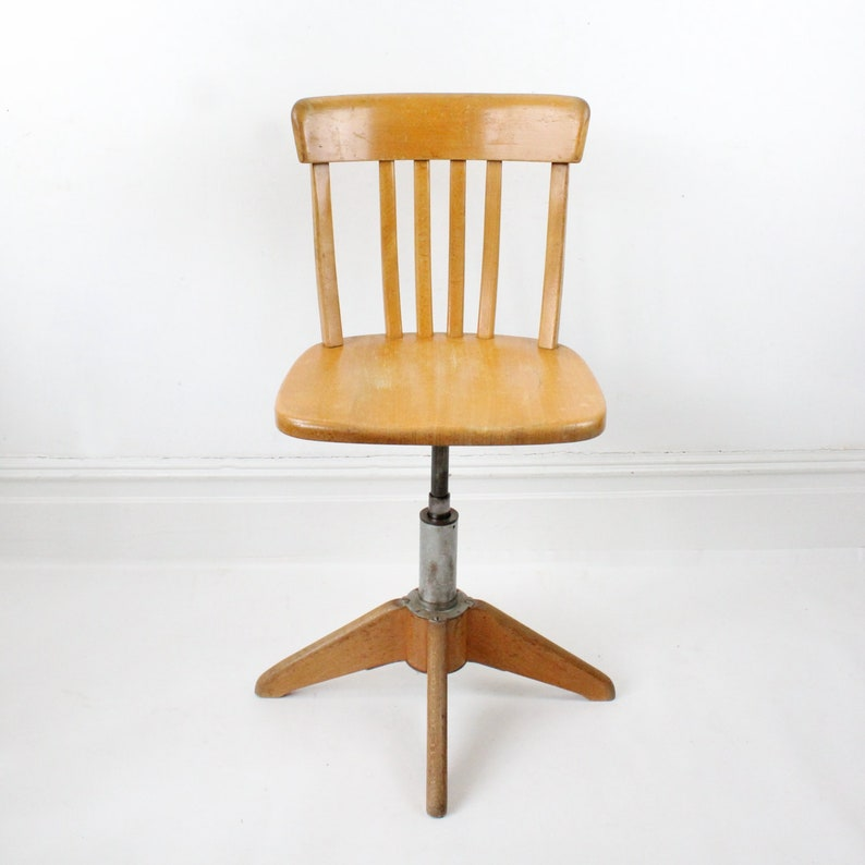 best loved 0a058 68848 Vintage industrial wooden office chair