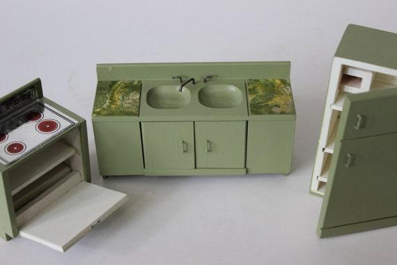 jahrgang puppe haus m bel k hlschrank backofen herd sp le etsy. Black Bedroom Furniture Sets. Home Design Ideas