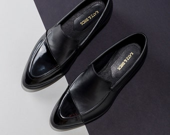 Leather Shoes For Ladies, Black Leather Flats, Leather Shoes, Womens Loafers, Black Moccasin, Mocasins Women, Shoes Leather, Shoes Size 9