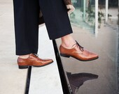 Womens Shoes, Women Leather Oxfords, Brown Leather Shoes, Camel Shoes, Winter Shoes, Lace up Shoes, Custom Shoes, Flat Oxfords, Pointy Flats