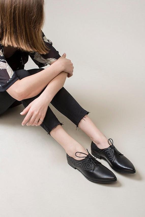 b58af76e9a4 Black Oxfords Women Oxford Shoes Lace Up Shoes Formal