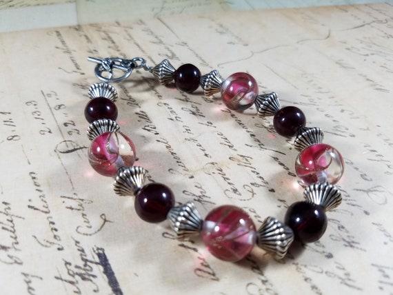 Red and Silvertoned Vintage Bracelets Lot #B81; C… - image 6