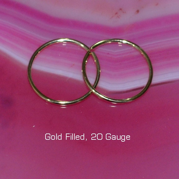 Small Nose Ring - Gold Nose Hoop 9mm - Tragus Earring - Cartilage Hoop - Forward Helix Earring - Septum Ring - Nose Piercing 20 gauge