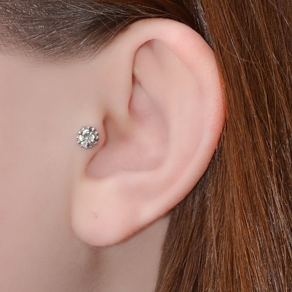 Silver Tragus Stud Flower - Nose Stud - Tragus Piercing - 18g Cartilage Hoop Earring - Forward Helix Earring - Tragus Earring