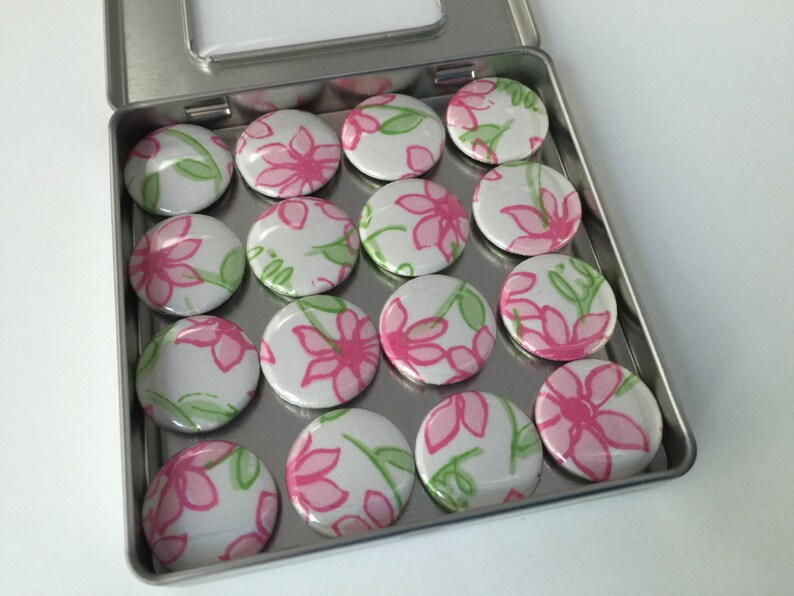 Lilly Pulitzer Perfectly Daisy Fabric Magnet Set