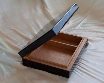 DeskTop Humidor Piano Finish w/Genuine Spanish Cedar Liner & Humidifier