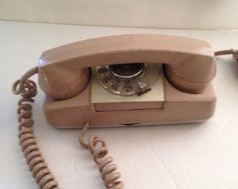 On Sale Vintage Telephone 182 Monophone Rotary Automatic Electric Princess Phone