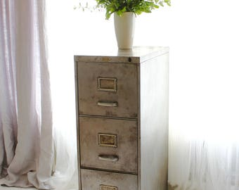 Mik Reclaimed Vintage Urban Industrial Chic 1950s Stripped Down and Distressed Bare Steel 3 Drawer Filing Cabinet with Silver Handles