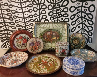 Lot of Vintage Floral Tins, Bowls and Trays