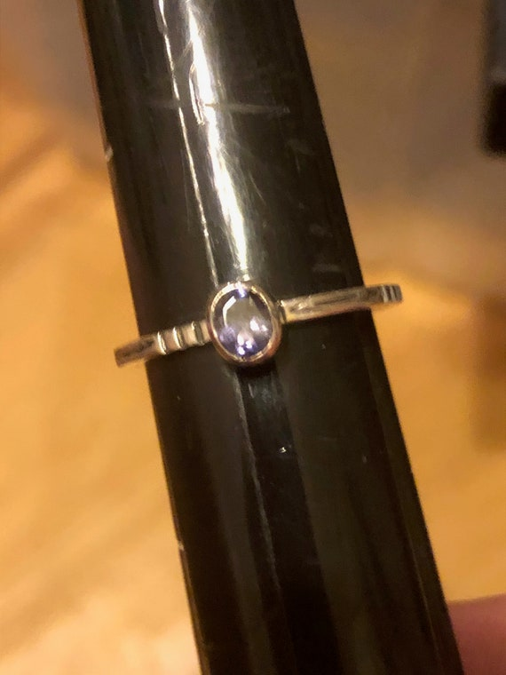 Vintage Ring Silver Sterling  ~  Approx. Size  9