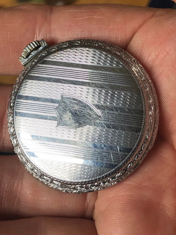 Pocket Watch ~ Does NOT Run ~ Parts Watch - image 2