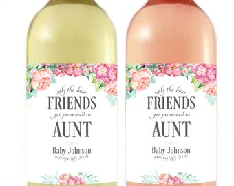 Pregnancy Announcement - Baby Announcement Wine Bottle Label - Custom Wine Label - Floral Baby Shower Favor - Friends promoted to Aunt
