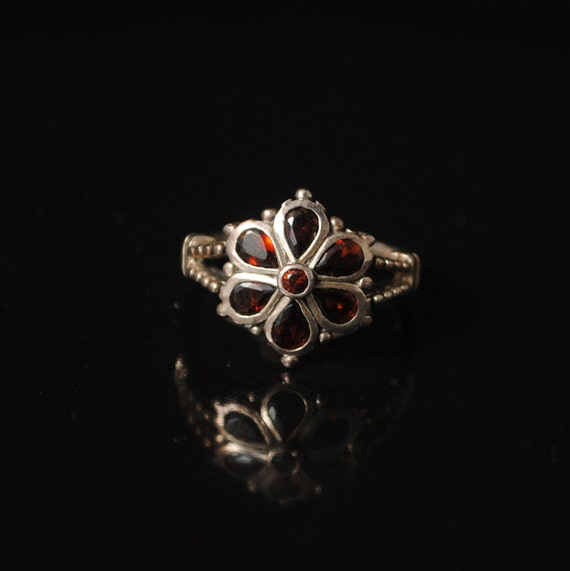 Sterling Silver  Garnet Art Deco Ring Sz 6 #11484