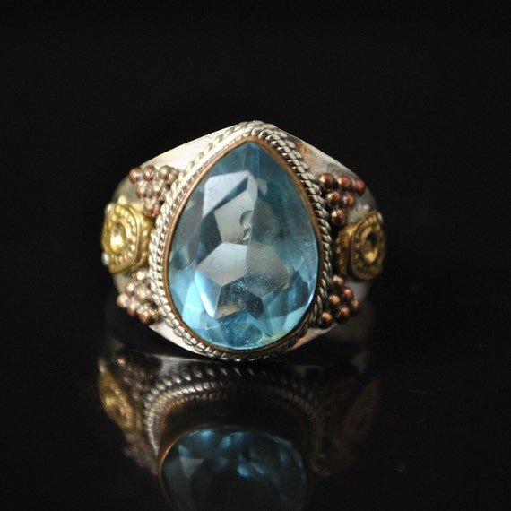 Sterling Silve Blue Topaz Ring Sz 7.5  #10347