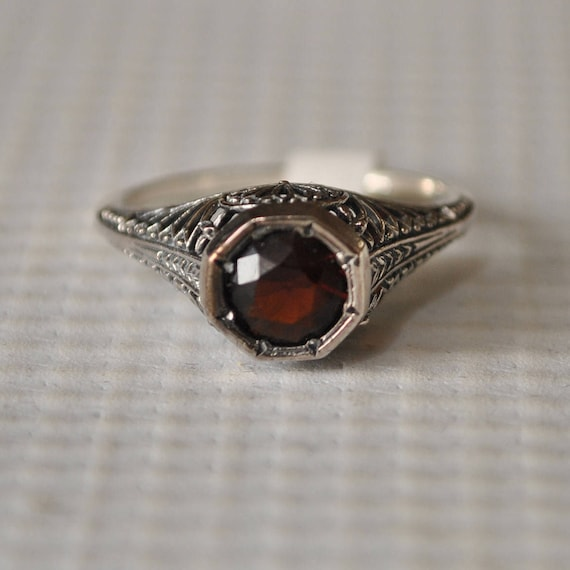 Sterling Silver Fire Garnet Art Deco Ring Sz 7 #9763