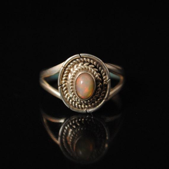 Sterling Silver Ethiopian Opal Ring Sz 7.5 #6074