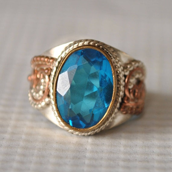 Sterling Silver Blue Topaz Ring Sz 7.75  #9770