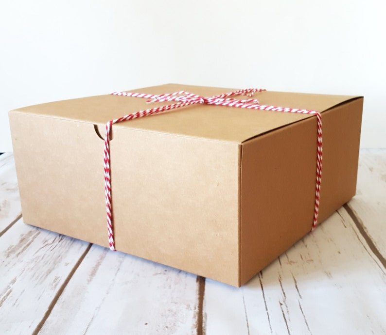 5 Large Kraft Gift Boxes 8 x 8 x 3.5 One Piece Square image 0