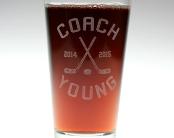 FREE shipping Hockey Coach themed personalized Glass,hockey gift,home brew gift,homebrew,beer gift,personalized gift, custom home brew glass