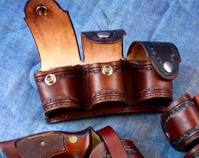 Custom leather triple speed loader pouch