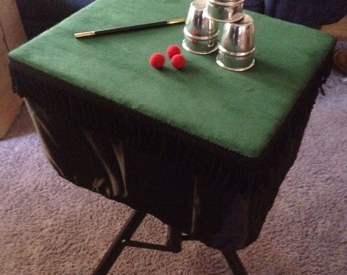 Large Magic Table with Built in Close Up Pad and Servante