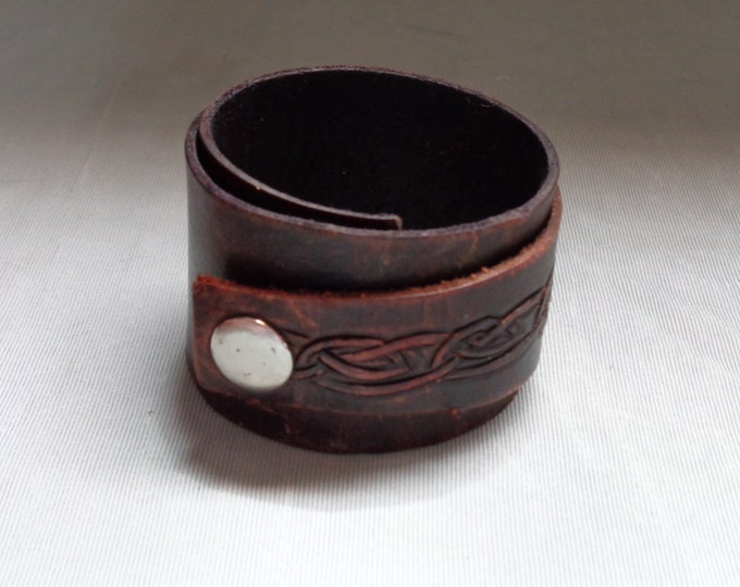 Leather cuff hand tooled by Artrix Leather and Fine Art-Celtic Double Wrap Leather Cuff