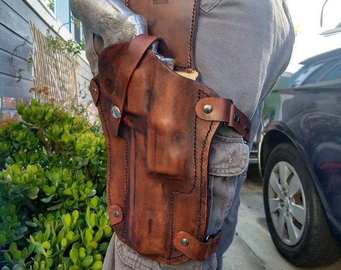 Custom molded leather drop leg holster made to order