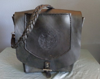 Leather Purse hand tooled by Artrix Leather and Fine Art - Celtic Knot Purse with Zippered Pocket