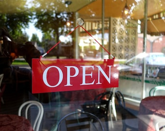 Simple, Modern style Open/Closed  sign