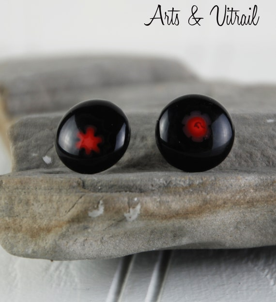 Black and Red Earring, Stud Hypoallergenic Stainless Steel, Minimalist Jewel for Women or Girls