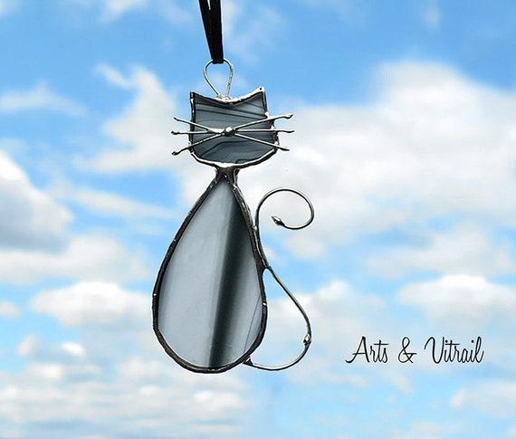 """Chats vitrail de la famille """"Noire"""", celui-ci porte le nom de MADAME, décoration de fenêtre, de miroir ou de rétroviseur"""