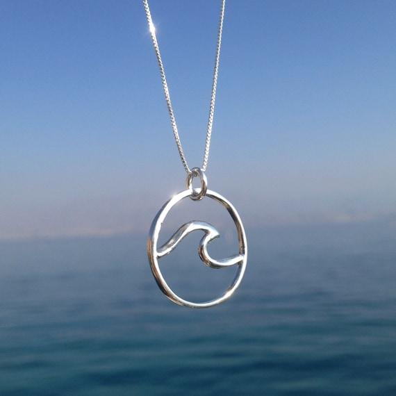 Onda Surfista Collar De Plata Encanto Colgante Cadena Collar Océano vendedor de Reino Unido